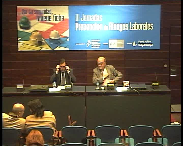 PRL - VI Jornadas - Julian Doménech - Javier Erro